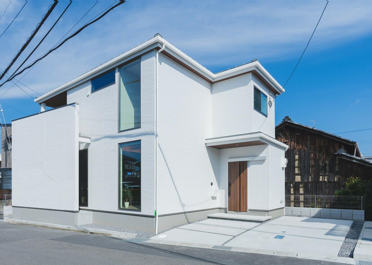 栗東市綣9丁目の家の画像